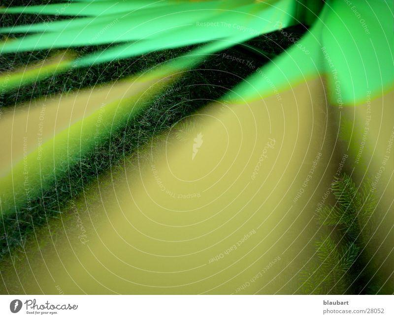 windich grün gelb Windkraftanlage Rasen Perspektive