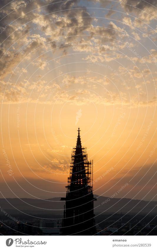 die Sonne dahinter Himmel Ferien & Urlaub & Reisen Stadt Sommer Wolken Berge u. Gebirge Architektur Gebäude Horizont Wetter Klima hoch wandern Tourismus Ausflug