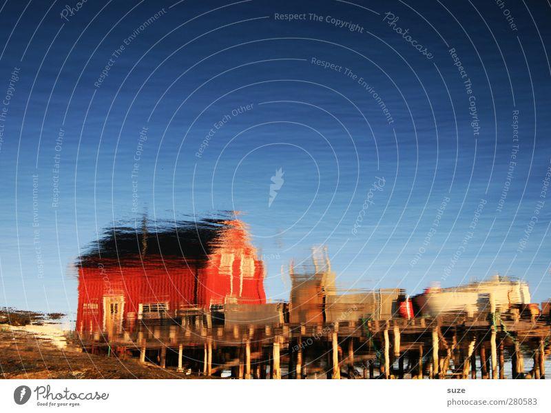 Gedankenschiff Häusliches Leben Haus Kunst Umwelt Natur Landschaft Wasser Himmel Wolkenloser Himmel Sommer Klima Schönes Wetter Seeufer ästhetisch