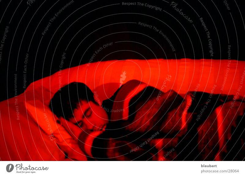 Rotlichtviertel Mann rot schlafen Decke