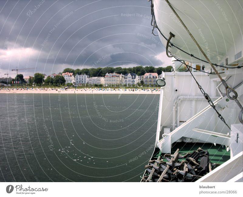 Ich kam, Ich sah und ES regnete Wasser kalt grau See Regen Wasserfahrzeug Wind Wetter Europa Ostsee Meer
