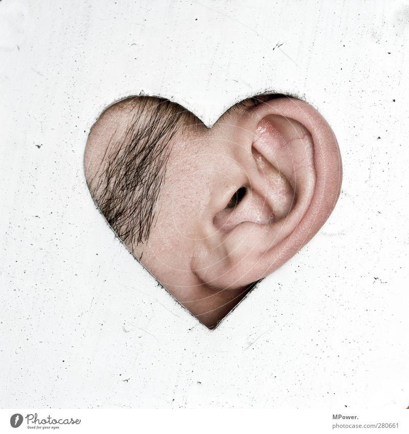 hör auf dein herz Mensch schön weiß schwarz Liebe Gefühle außergewöhnlich braun Herz kaputt Ohr hören gruselig Quadrat Loch Lust