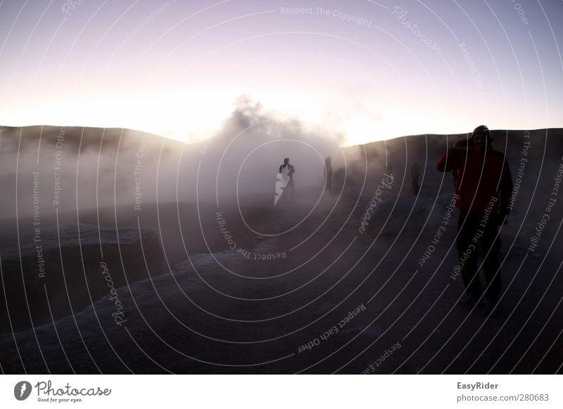 Höhenwinde Mensch Natur Landschaft Umwelt dunkel Berge u. Gebirge kalt Menschengruppe Stein Luft Felsen Erde Wind Nebel hoch wandern