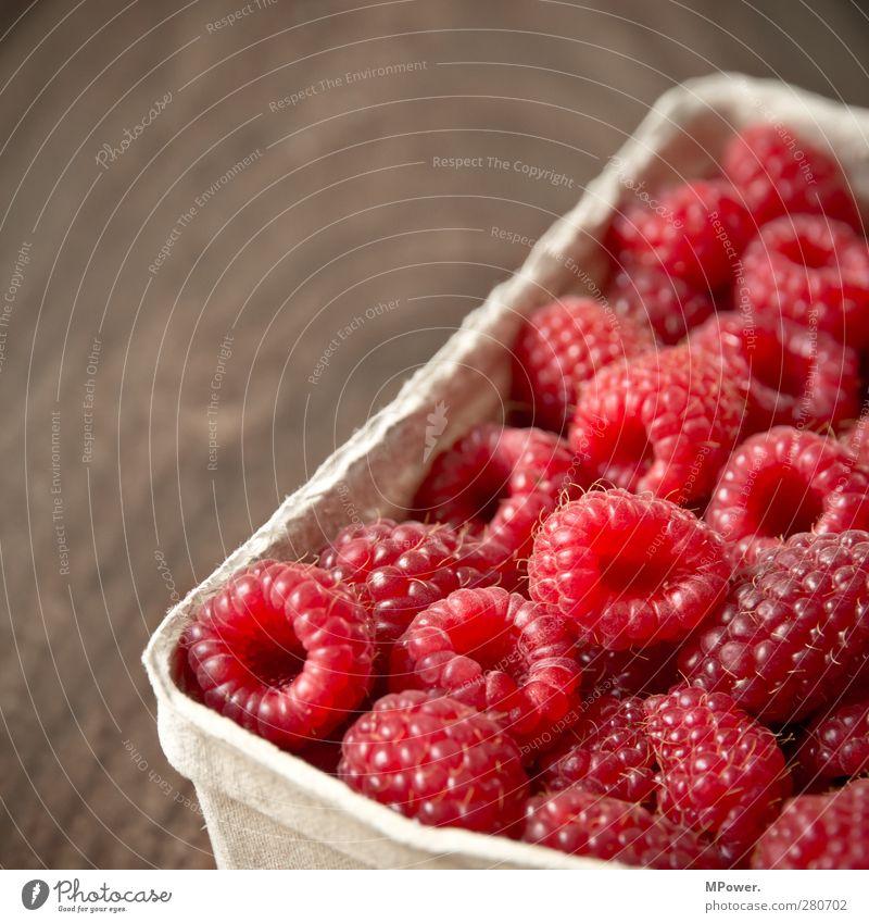 rot klein rund gesund Himbeeren Fruchtzucker frisch saftig Vitamin Ernährung Hintergrundbild Muster süß vitaminreich aromatisch Erfrischung Sommer raspberry