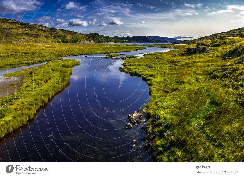 Fluss Kishorn beim Applecross Pass in Schottland applecross Bach Berge u. Gebirge Feuchtgebiete fließen fluss kishorn Großbritannien Highlands Hintergrundbild