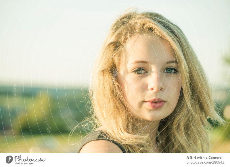 ja, nein, vielleicht .... Mensch feminin Junge Frau Jugendliche Leben Haare & Frisuren Auge 1 13-18 Jahre Kind leuchten blond Coolness Freundlichkeit schön