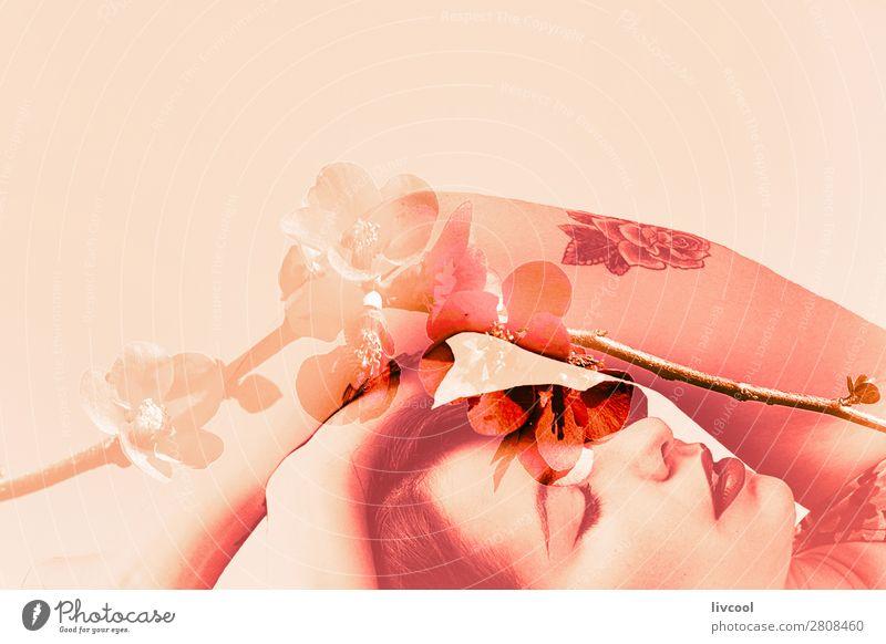 weibliche Sinnlichkeit schön Leben Winter Garten Mensch feminin Junge Frau Jugendliche Erwachsene Kopf Gesicht Auge Ohr Nase Arme Hand 1 18-30 Jahre Natur