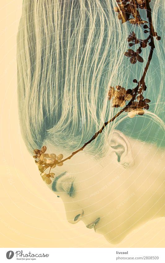 Frau Mensch schön Blume Erholung ruhig Gesicht Auge Lifestyle Erwachsene Religion & Glaube gelb Blüte feminin Gefühle außergewöhnlich