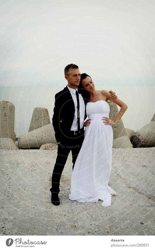 Mensch Natur Jugendliche schön Sommer Sonne Erwachsene Liebe feminin Junge Frau Küste Glück Junger Mann Paar Freundschaft 18-30 Jahre