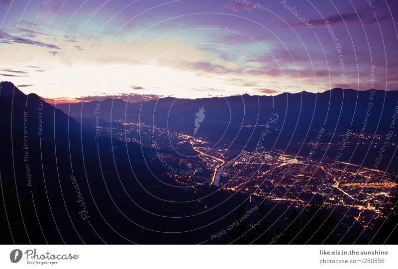 what a wonderful world...! Natur Stadt Sommer Einsamkeit ruhig Landschaft Ferne Berge u. Gebirge Beleuchtung Horizont Zufriedenheit wandern Ausflug leuchten Abenteuer Alpen