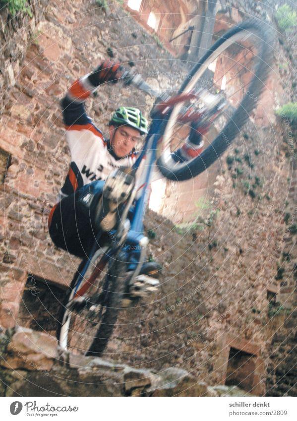 Flying Bike Boys Aktion Mountainbike Fototechnik Biken Fahrrad Nervenkitzel