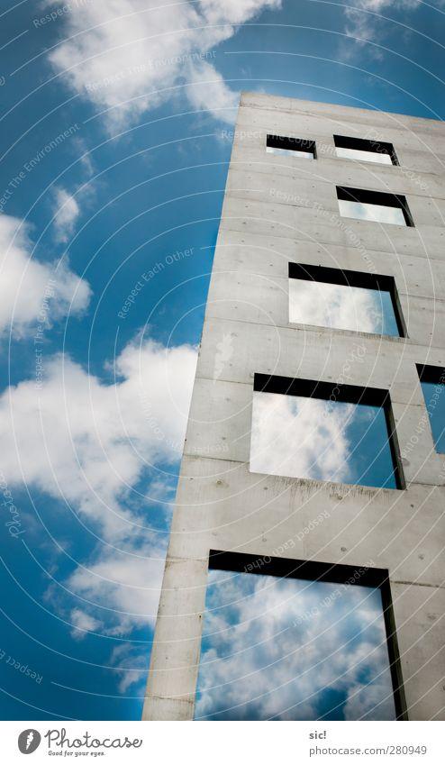 Himmelsleiter Baustelle Architektur Luft Wolken Stadt Skyline Haus Hochhaus Mauer Wand Fassade Fenster Beton Glas bauen ästhetisch außergewöhnlich frei