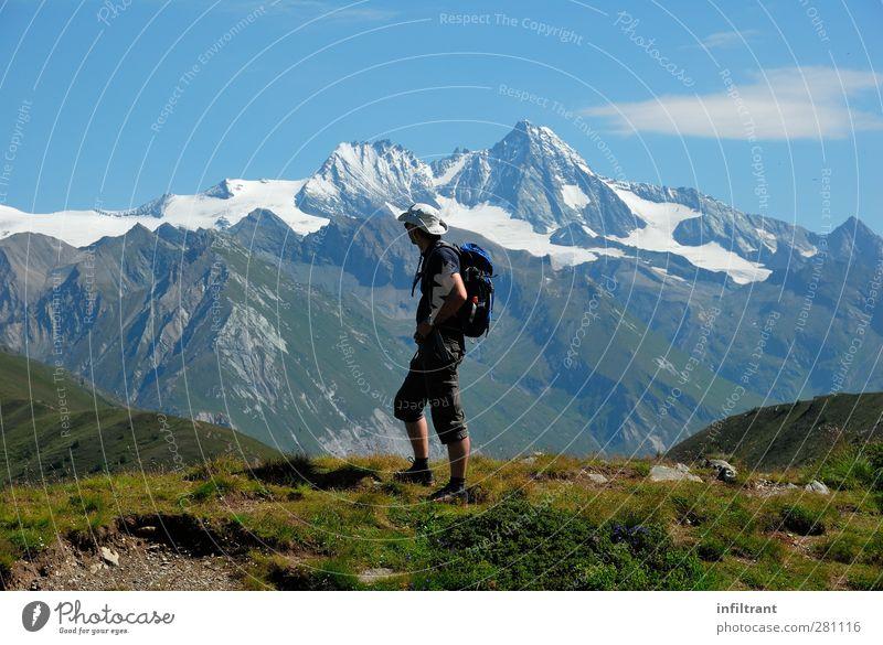 in den Alpen 2 Mensch Natur Mann Ferien & Urlaub & Reisen Sommer ruhig Landschaft Erwachsene Ferne Berge u. Gebirge Wege & Pfade natürlich laufen wandern frei