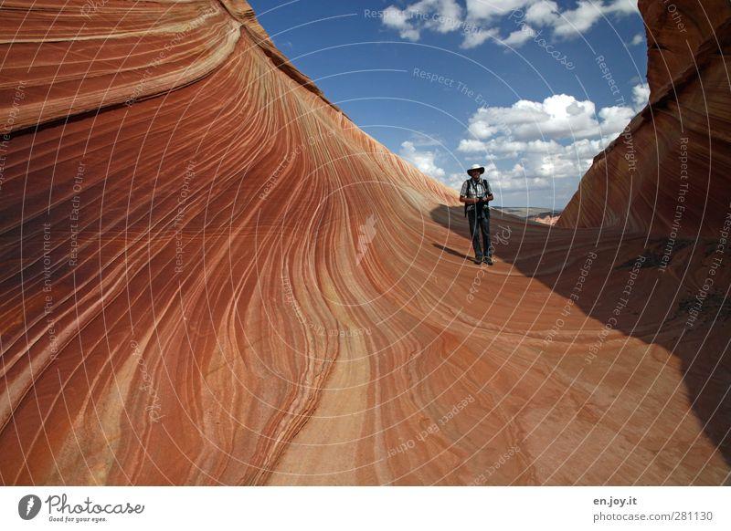 Red Rock Crossing Mensch Himmel Natur blau Ferien & Urlaub & Reisen Wolken Landschaft Umwelt Felsen orange außergewöhnlich maskulin wandern Abenteuer einzigartig USA