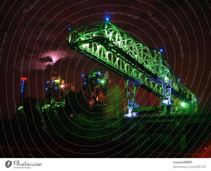 Industriekultur1 Duisburg Nacht Licht Stahlwerk Kokerei historisch Landschaftspark