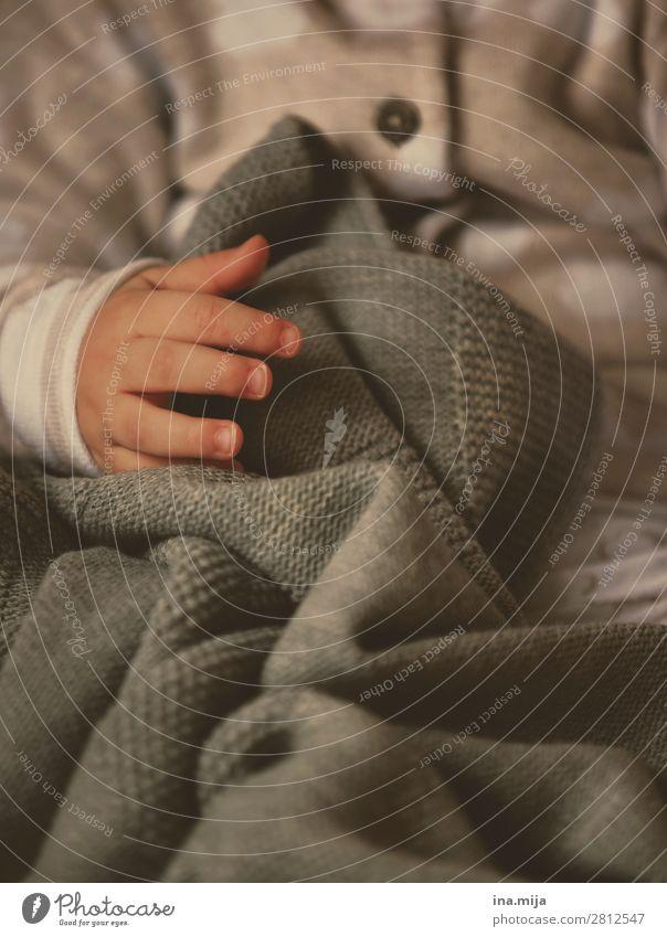 kleine Hand Mensch Kind Baby Kleinkind Mädchen Junge Familie & Verwandtschaft Kindheit Leben Kinderhand 1 0-12 Monate 1-3 Jahre Mode Bekleidung Pullover Wolle