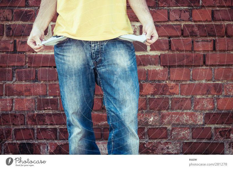 Hab nix Mensch Mann Jugendliche blau Hand rot Erwachsene Wand Mauer Stil Mode 18-30 Jahre Körper Freizeit & Hobby Arme maskulin