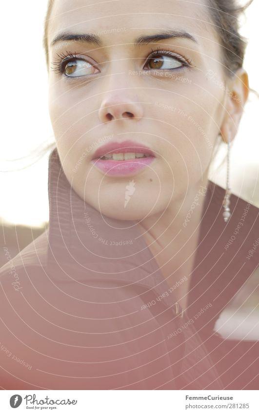 Femme française II. Mensch Frau Jugendliche schön Erwachsene Gesicht feminin Junge Frau Kopf 18-30 Jahre braun Mund Hoffnung beobachten Neugier Lippen