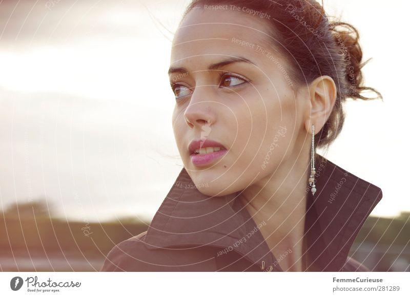 Femme française III. elegant Stil schön Kosmetik Schminke Ferien & Urlaub & Reisen Ausflug feminin Junge Frau Jugendliche Erwachsene 1 Mensch 18-30 Jahre Natur