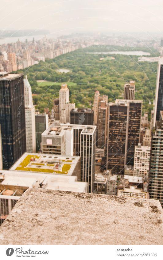 Central Park Tourismus Ferne Sightseeing Städtereise Stadt Stadtzentrum Haus Bankgebäude Erholung Ferien & Urlaub & Reisen Blick groß Freiheit New York City