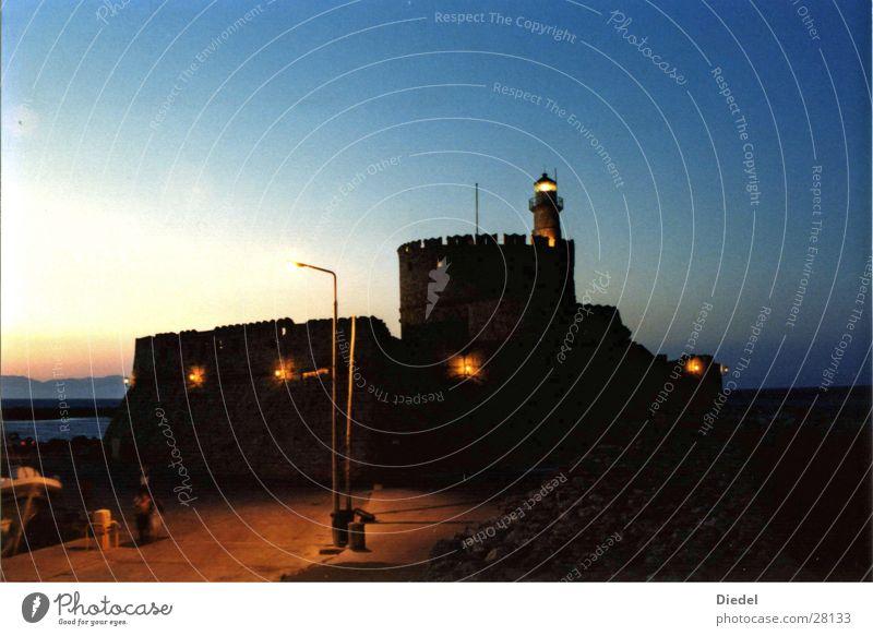 Rhodos Hafenfestung bei Nacht Festung Stimmung Europa