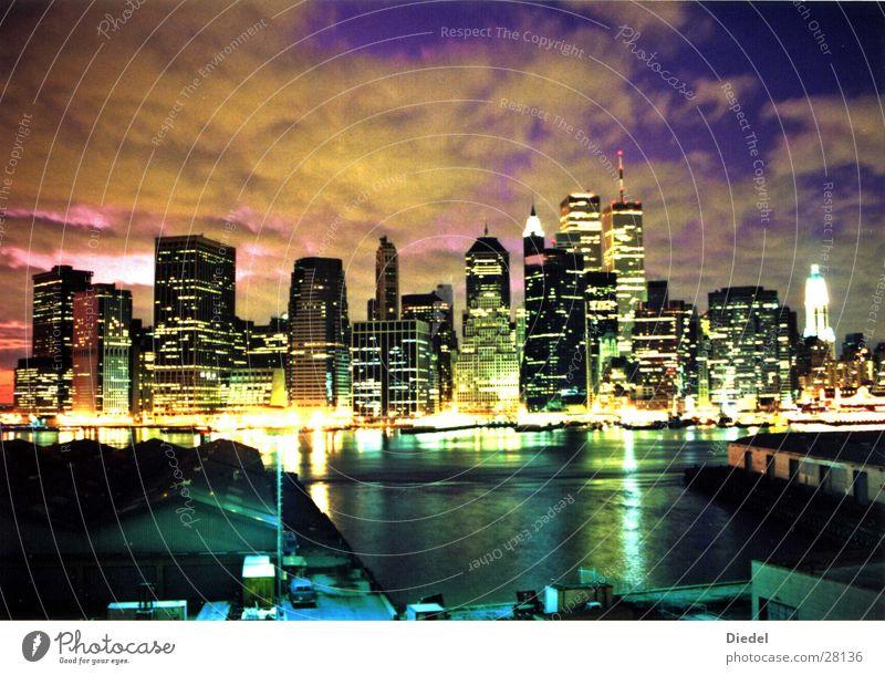 WTC Sunset II Sonnenuntergang New York City Brooklyn Wolken Nordamerika Stimmung