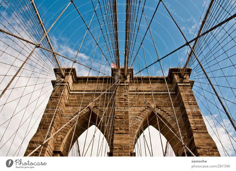 Welcome to Brooklyn Himmel alt Stadt Wolken oben Architektur Stein gehen ästhetisch Perspektive Brücke fahren Fluss historisch Tor Sehenswürdigkeit