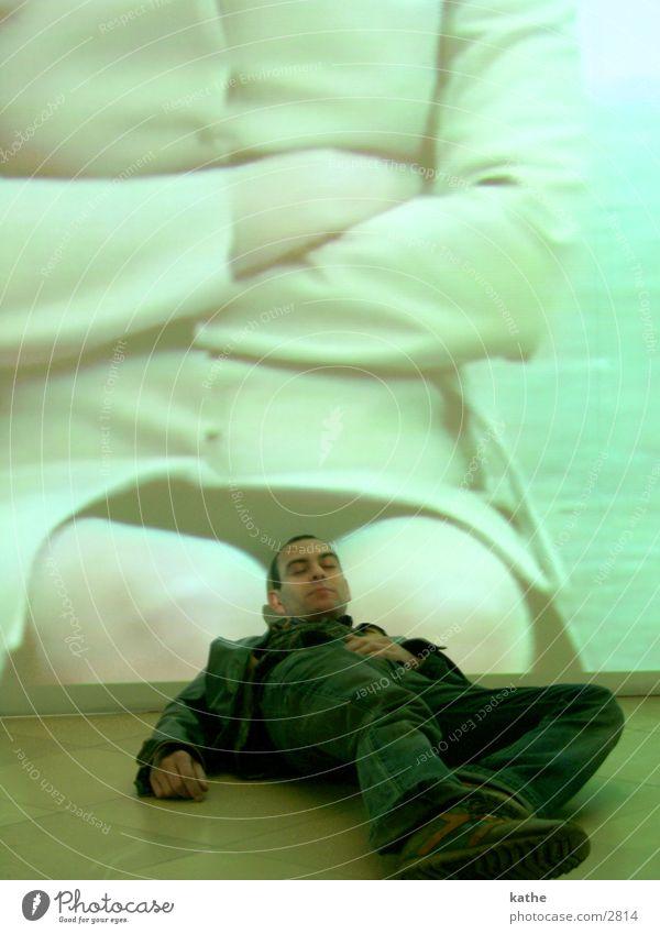 christophe träumt... Franzosen Mann schlafen träumen Frau beige schoss Karnevalskostüm