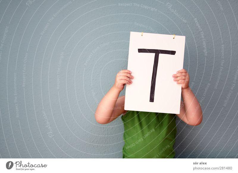 das große -T- Mensch Kind blau grün Hand Leben Schule Kindheit Arme maskulin Schilder & Markierungen Erfolg Schriftzeichen lernen Buchstaben Kommunizieren