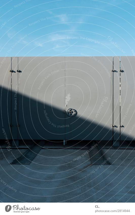sicherheitsverwahrung blau Business grau Metall Industrie Schutz Sicherheit geheimnisvoll Wolkenloser Himmel Reichtum Wirtschaft Unternehmen Tresor