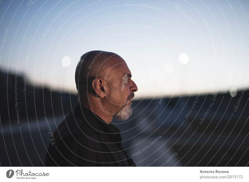 Mensch Mann alt Erotik Lifestyle Erwachsene Senior Stil Business Mode elegant 45-60 Jahre 60 und älter einzigartig Spanien Jacke