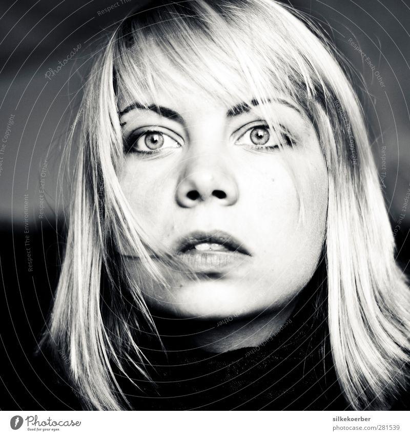 people are fragile things Schauspieler Mensch feminin Junge Frau Jugendliche Erwachsene Haare & Frisuren Gesicht Auge 1 18-30 Jahre beobachten Blick blond