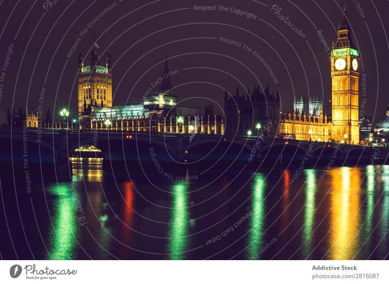 Konzeptfotografie eines Elisabethenturms in London mit langer Ausstellung Big Ben Langzeitbelichtung Nacht Berge u. Gebirge groß Belichtung Parlament Uhr