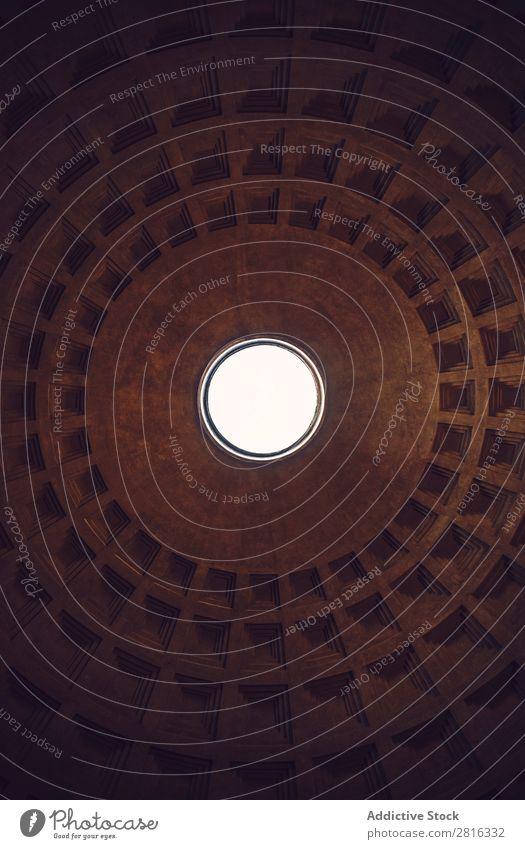 Inneres von Rom Agrippa Pantheon, Italien Licht Dom gewölbt Wahrzeichen Dach Innenarchitektur Detailaufnahme Italienisch Sonnenstrahlen historisch Stein