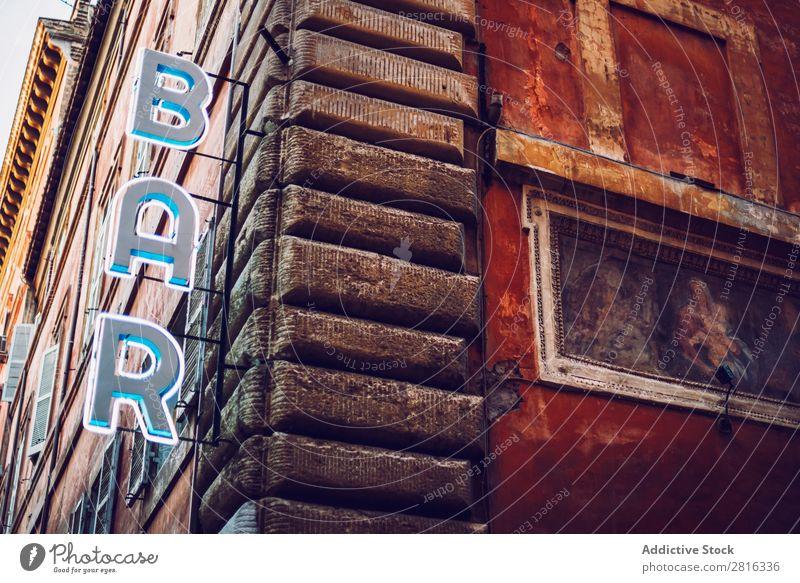 Detail von Rom Stadt, Italien. Barschild. Straße Nahaufnahme alt altehrwürdig Detailaufnahme Europäer Außenaufnahme antik Europa Italienisch