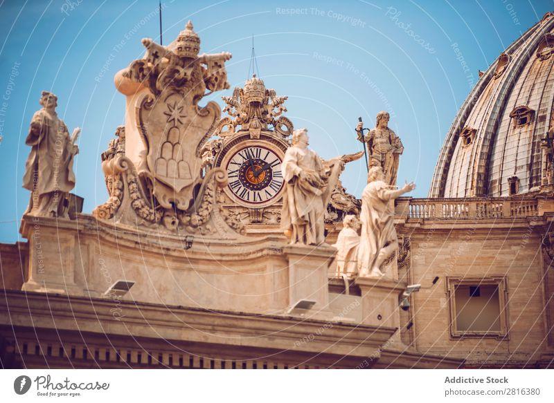 Statuen des Vatikans in Rom, Italien Italienisch Turm Kathedrale Skulptur Ferien & Urlaub & Reisen Aussicht