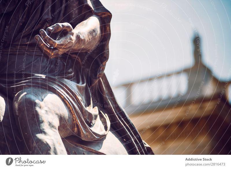 Detail der Statue von Marcus Aurelius auf seinem Pferd auf der Piazza del Campidoglio, Rom, Italien. Straße Nahaufnahme alt altehrwürdig Detailaufnahme Europäer