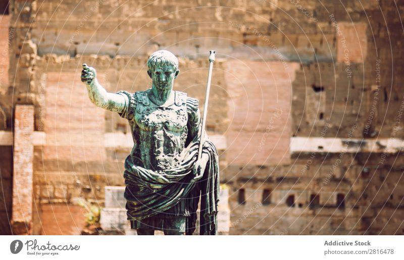 Statue des römischen Kaisers August, in Rom, Italien. Straße Nahaufnahme alt altehrwürdig Detailaufnahme Europäer Außenaufnahme antik Europa Italienisch