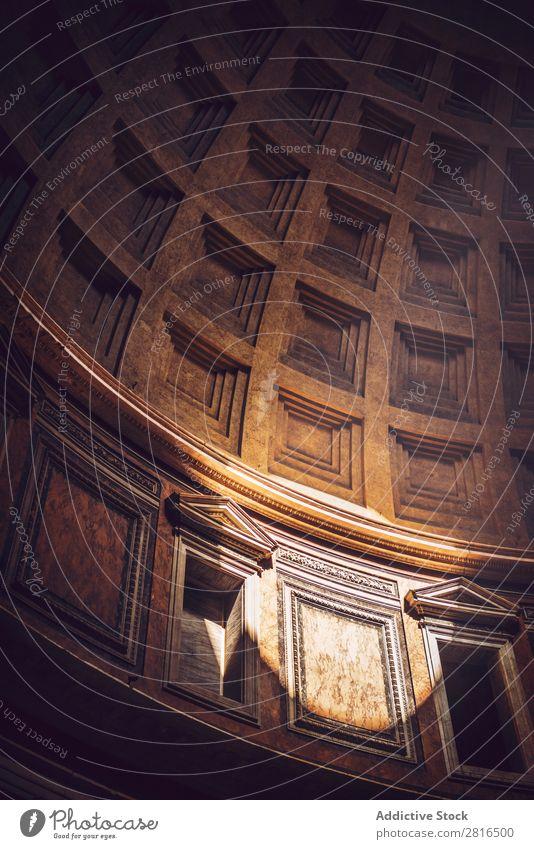 Inneres von Rom Agrippa Pantheon, Italien Licht Dom Wahrzeichen Dach Innenarchitektur Detailaufnahme