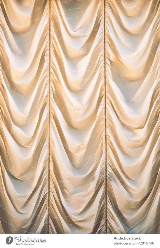 Schöner beigefarbener Vorhang Gardine weiß Hintergrundbild drapiert Stoff Seide Fenster winken Dekoration & Verzierung Oberfläche seidig Klassik gelb