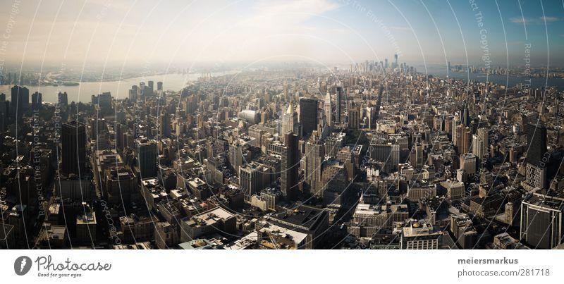 New York Ferien & Urlaub & Reisen Erholung Ferne außergewöhnlich groß hoch Hochhaus Tourismus modern Abenteuer beobachten Neugier heiß Skyline Lebensfreude Sommerurlaub