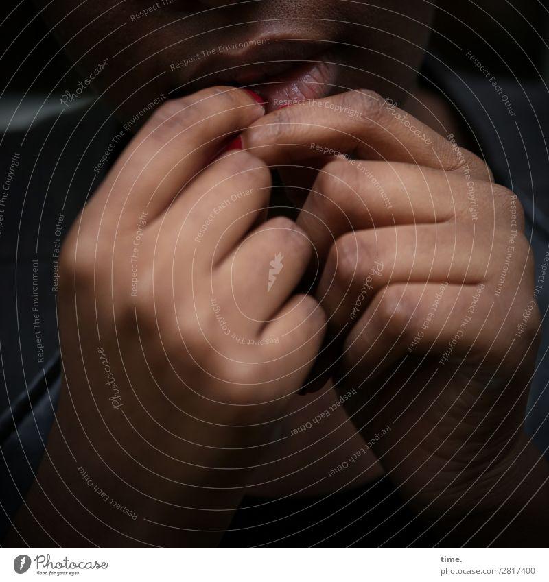 woman in thoughts feminin Frau Erwachsene Mund Hand Finger 1 Mensch Jacke berühren festhalten ästhetisch dunkel natürlich schön Wärme Gefühle authentisch