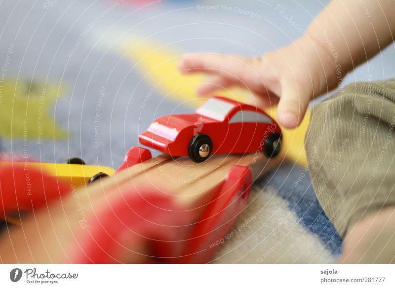 auto mit hebekran Mensch Hand rot Spielen Holz PKW Baby Spielzeug Kleinkind Kran greifen heben packen Verkehrsmittel Kinderspiel 0-12 Monate