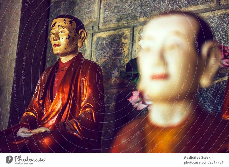 Buddhistische Statuen in einem Tempel in Vietnam antik Architektur Kunst Asien asiatisch Ayutthaya Buddha Buddhismus buddhistisch Kultur Osten Religion & Glaube