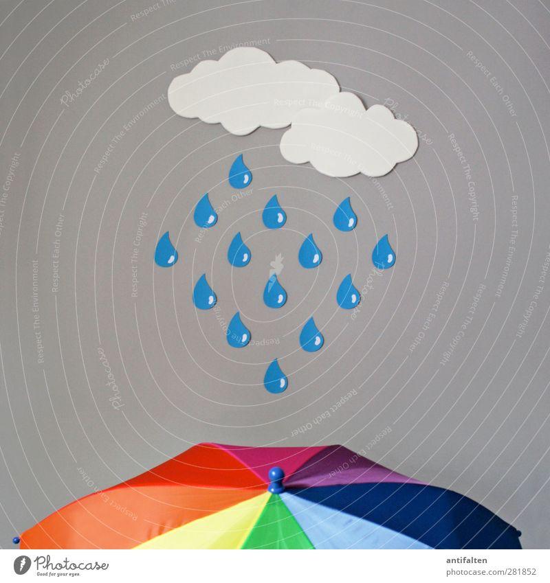 Regen Wolken Regenschirm Schirm Kunststoff Tropfen fallen blau mehrfarbig gelb grün violett orange rosa rot weiß Fröhlichkeit authentisch falsch wirklich
