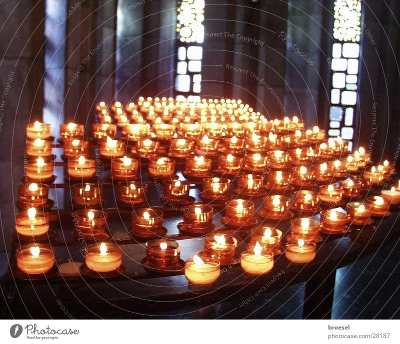 Kerzen in Kirche Licht danke schön Wunsch Religion & Glaube Gebet Dinge Maria Gottesmutter