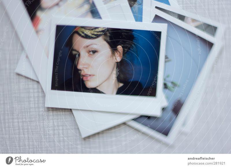 polaroid. selbstporträt. feminin Junge Frau Jugendliche Kopf 1 Mensch 18-30 Jahre Erwachsene Maskenball schwarzhaarig brünett Zopf ästhetisch Selbstportrait