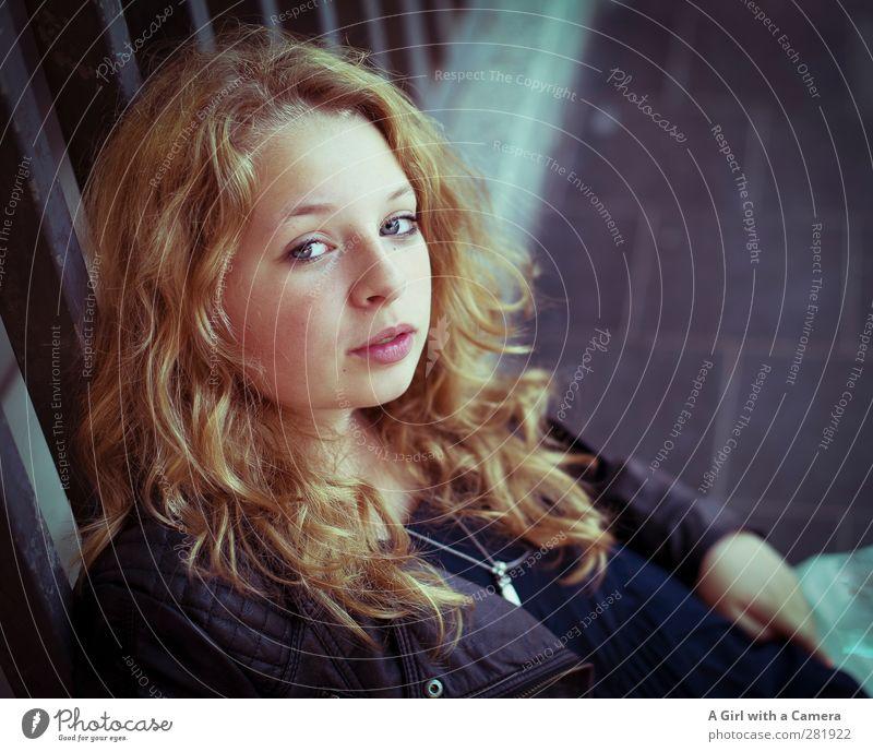 my angel Mensch Kind Jugendliche schön Erwachsene Leben feminin Junge Frau Haare & Frisuren blond warten 13-18 Jahre Coolness Freundlichkeit unten trendy