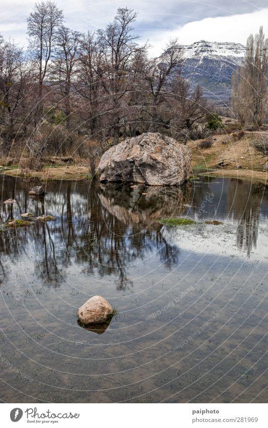 Felsen und See Wolken Lagune Landschaft Berge u. Gebirge Patagonien Teich Schwimmbad Reflexion & Spiegelung san martin de los andes Himmel Baum Wasser Wald grau