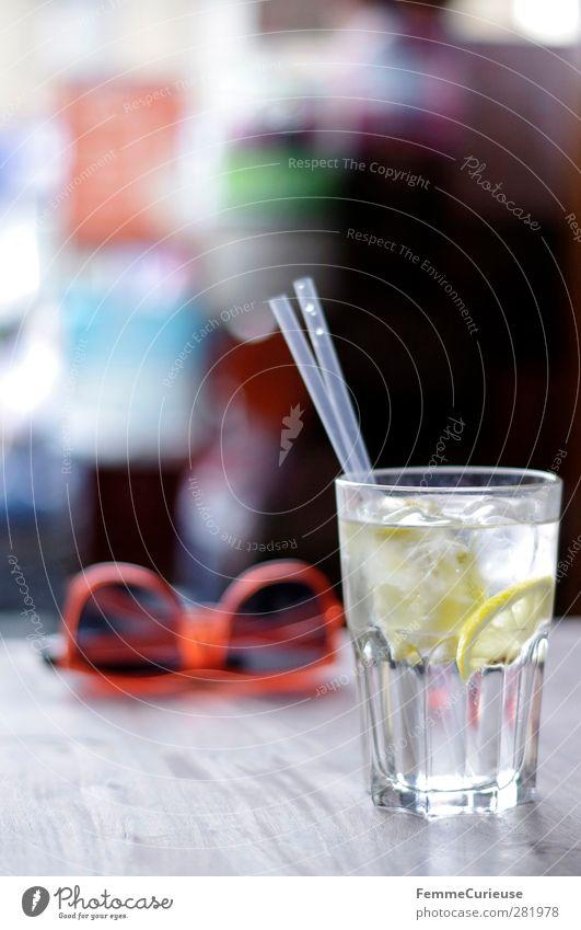 400 photos. Santé! :-) Getränk trinken Erfrischungsgetränk Trinkwasser Alkohol Lebensfreude Leichtigkeit Zitrone Zitronensaft Zitronenscheibe Trinkhalm Wasser